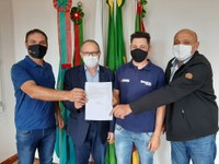 Vereador participa de reunião com o Grupo 'Baixos Canoas Brasil', em Monte Belo do Sul